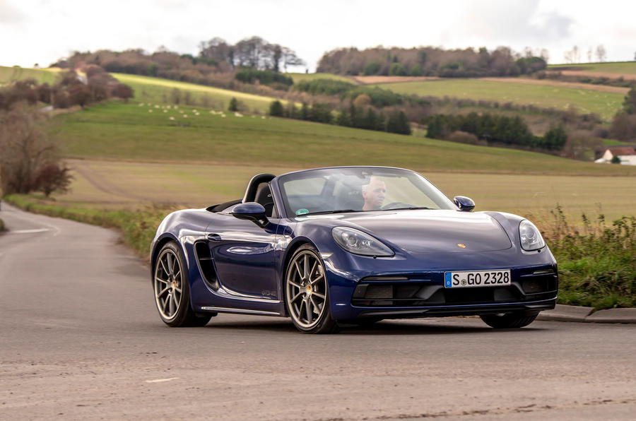 Porsche 718 Boxster GTS 4.0 PDK 2020 UK first drive review - cornering front