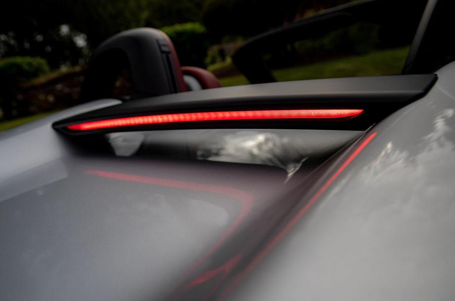 Porsche 718 Boxster Spyder 2019 first drive review - LED brake bar