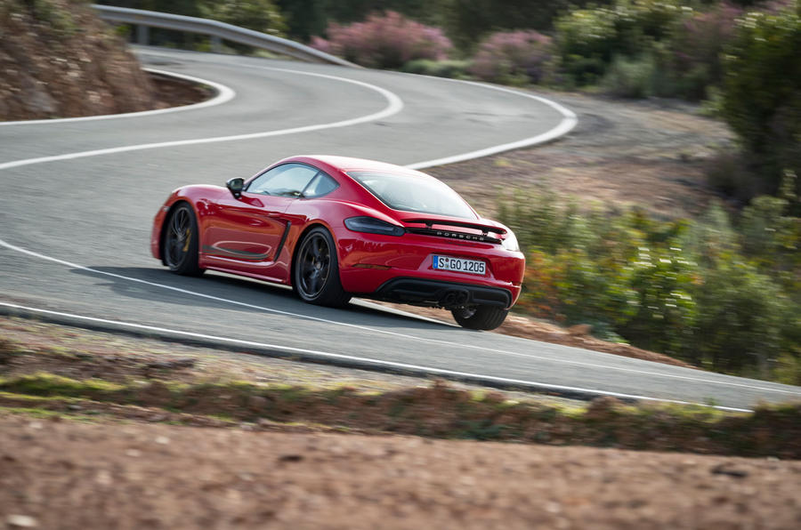 Porsche Cayman T 2019 first drive review - cornering rear