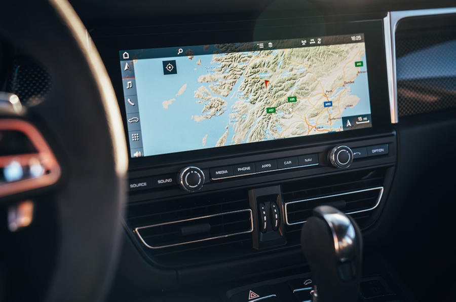 Porsche Macan 2019 first drive review - sat-nav
