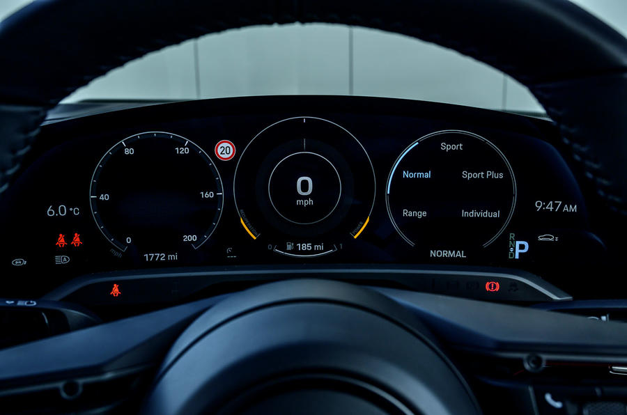 Porsche Taycan Turbo 2020 UK first drive review - instruments