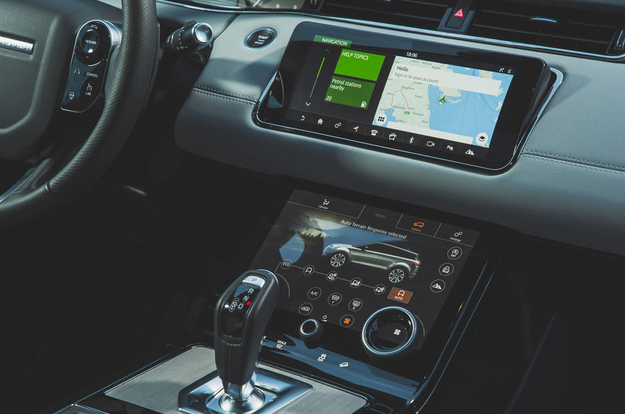 Range Rover Evoque 2019 first drive review - infotainment