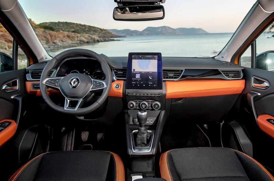 Renault Captur 2019 first drive review - dashboard