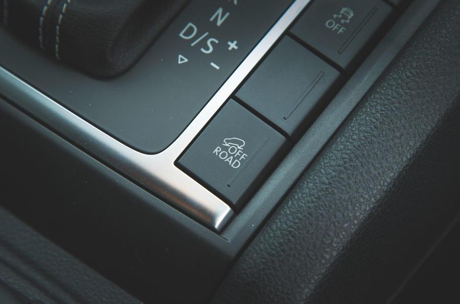 Volkswagen Amarok Aventura 2019 first drive review - offroad button
