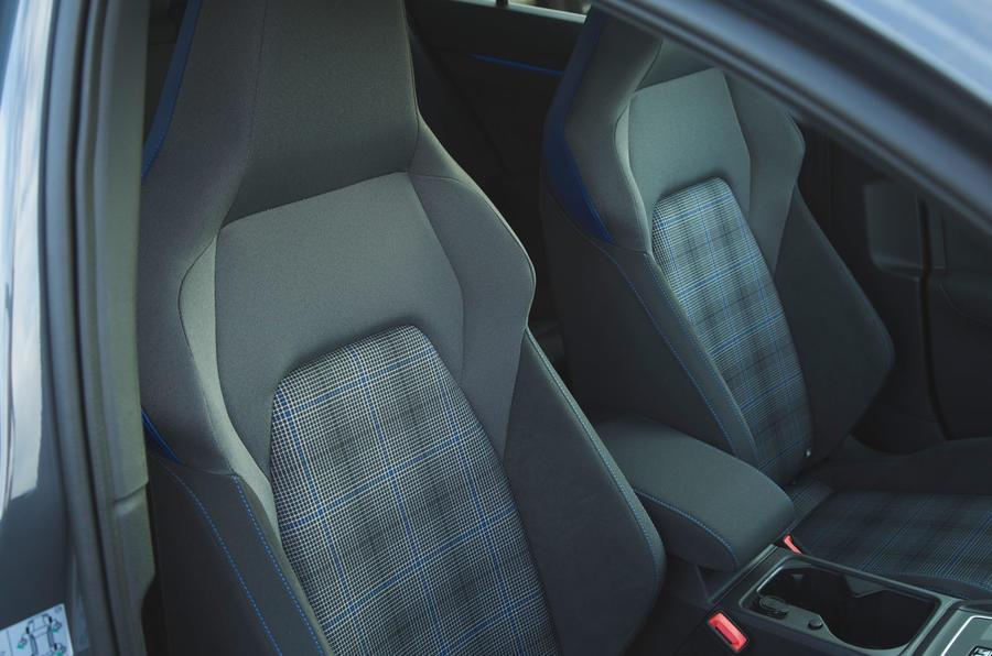 Volkswagen Golf GTE 2020 : premier bilan de conduite au Royaume-Uni - garniture de siège