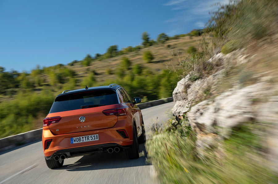 Volkswagen T-Roc R 2019 first drive review - cornering rear
