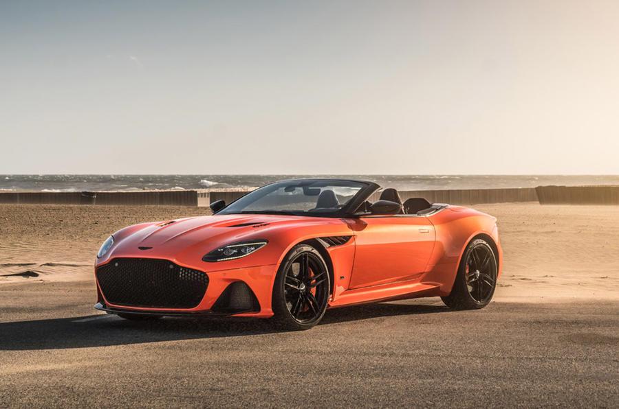 Aston Martin DBS Superleggera - hero front