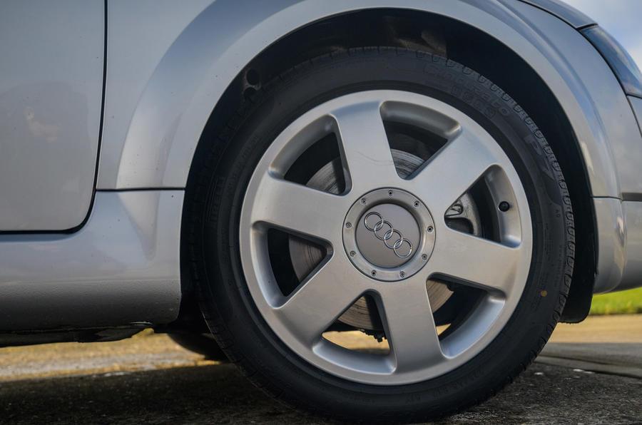 Audi TT - wheel
