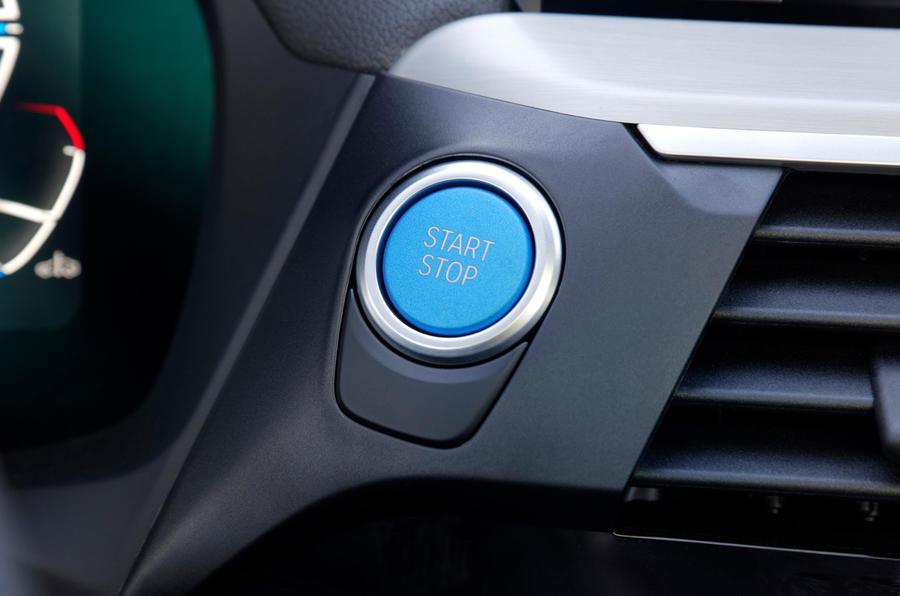 BMW iX3 2020 : premier bilan de conduite - bouton de démarrage