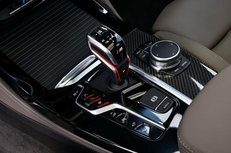 BMW X4 M Competition 2019 first drive review - centre console