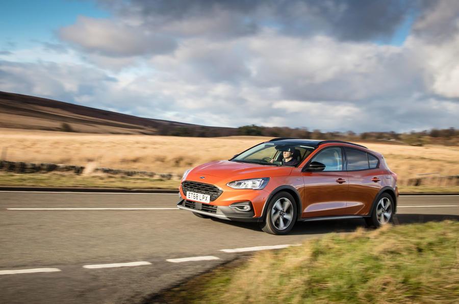 Đánh giá ổ đĩa đầu tiên của Ford Focus Active 2019 - trên đường