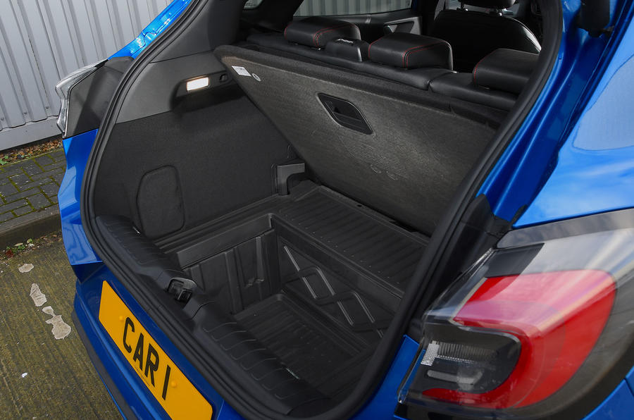 Ford Puma ST Line X 2020 UK first drive review - megabox