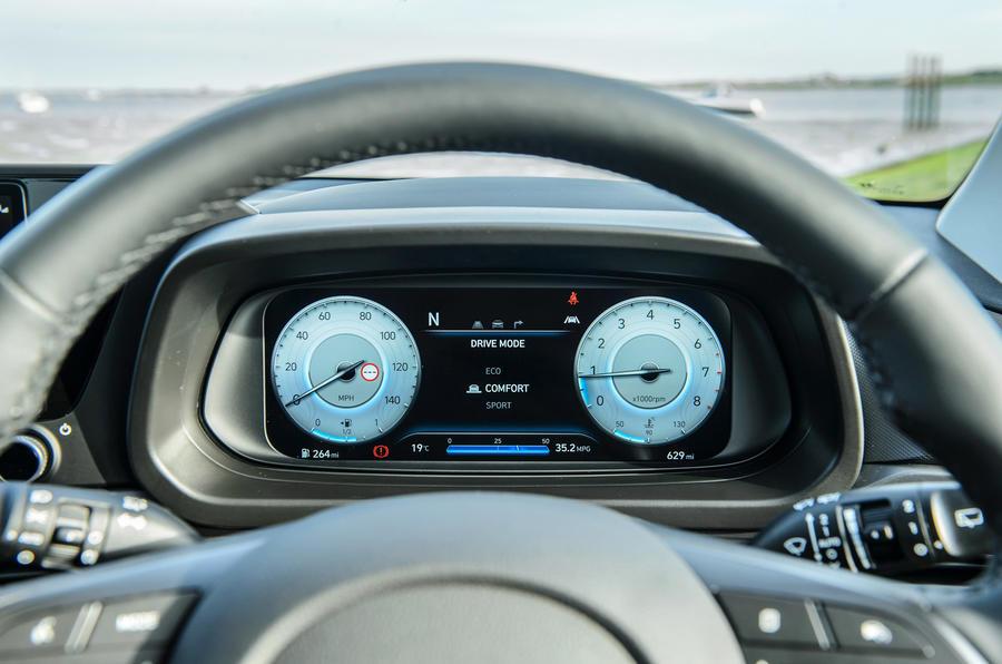 13 Instruments Hyundai Bayon 2021 UE FD