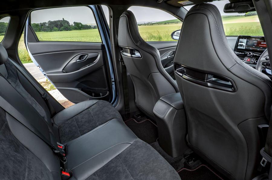 13 Hyundai i30N DCT 2021 UE sièges arrière FD