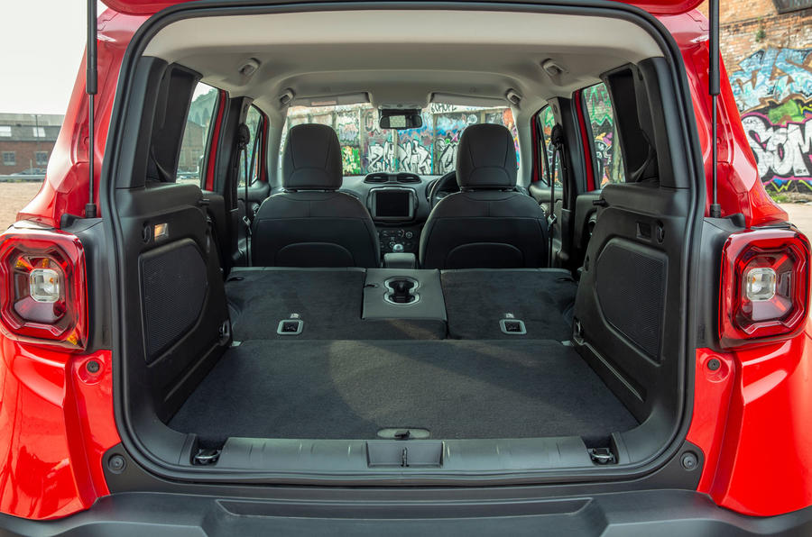 Jeep renegade Longitude 2019 UK first drive review - boot with seats folded