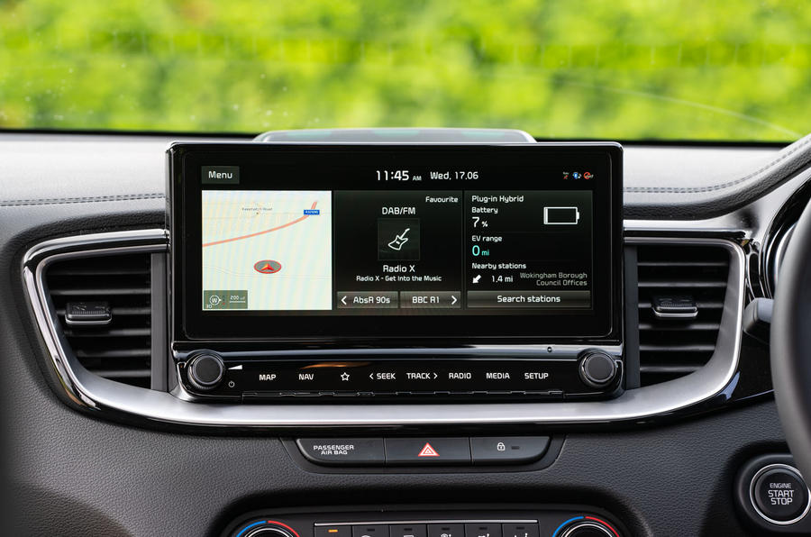 Kia Xceed plug-in hybrid 2020 UK first drive review - infotainment