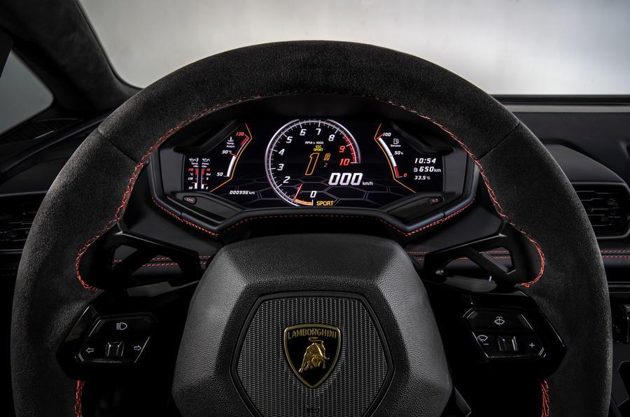 Lamborghini Huracan Evo 2019 first drive review - instruments sport
