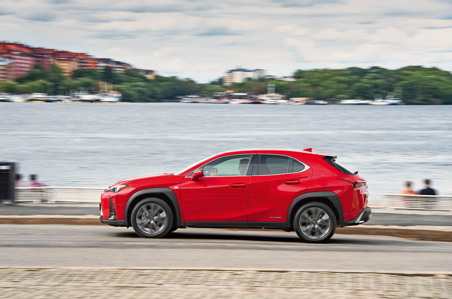 Lexus UX 250h F Sport 2018 first drive review on the road side