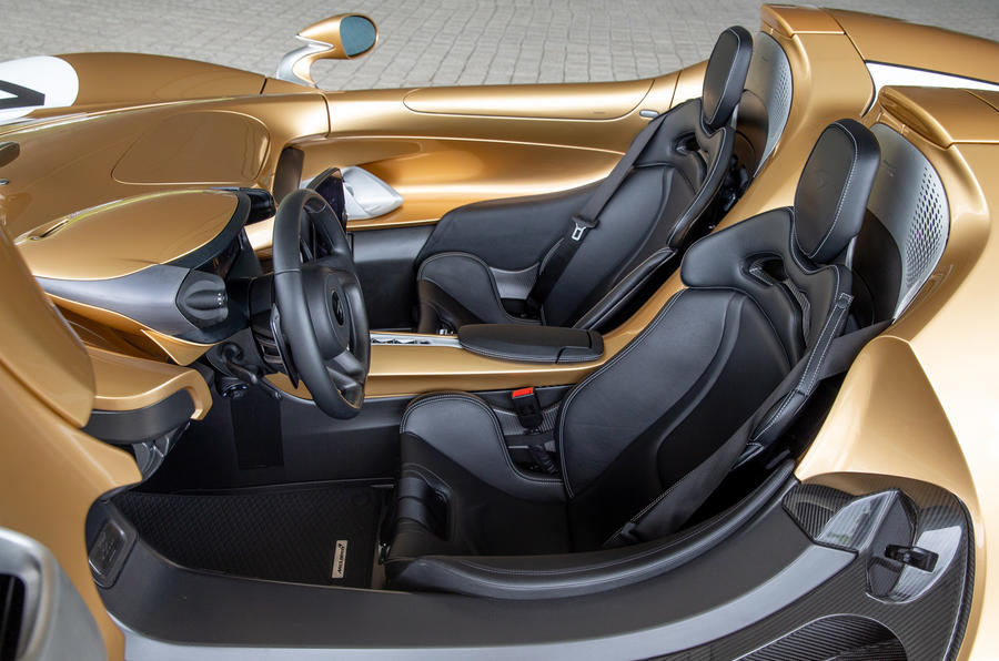 13 Habitacle de la McLaren Elva 2021 UE FD