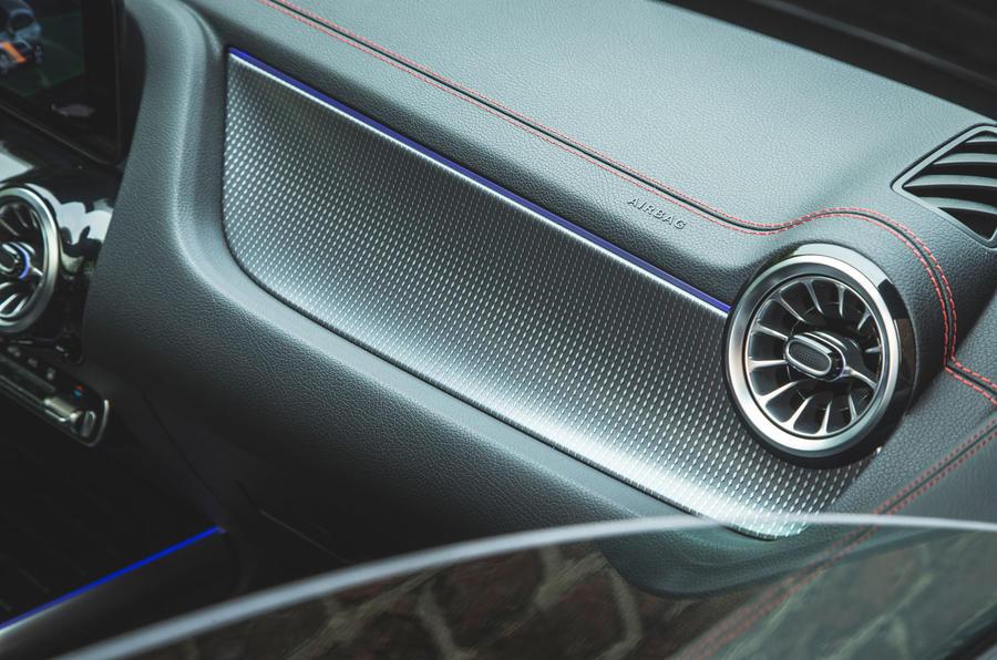 13 Mercedes Benz EQA 2021 : premier examen de l'aménagement intérieur au Royaume-Uni