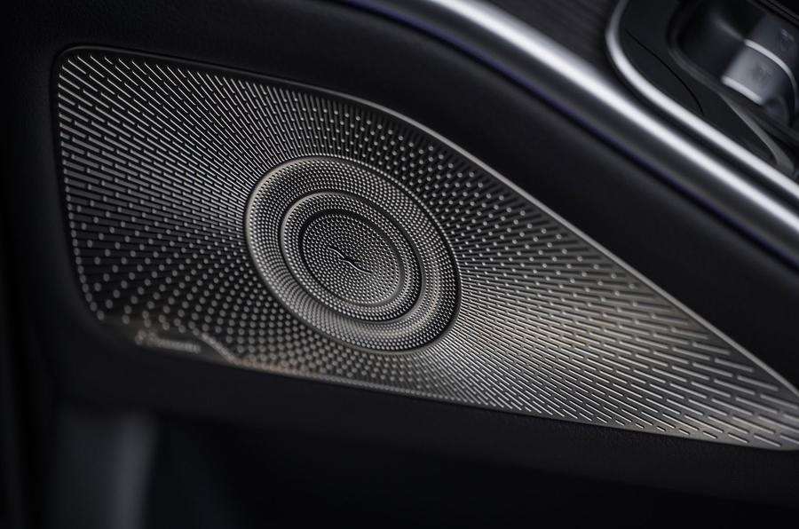 13 Mercedes Classe S S400d 2021 UE FD haut-parleurs