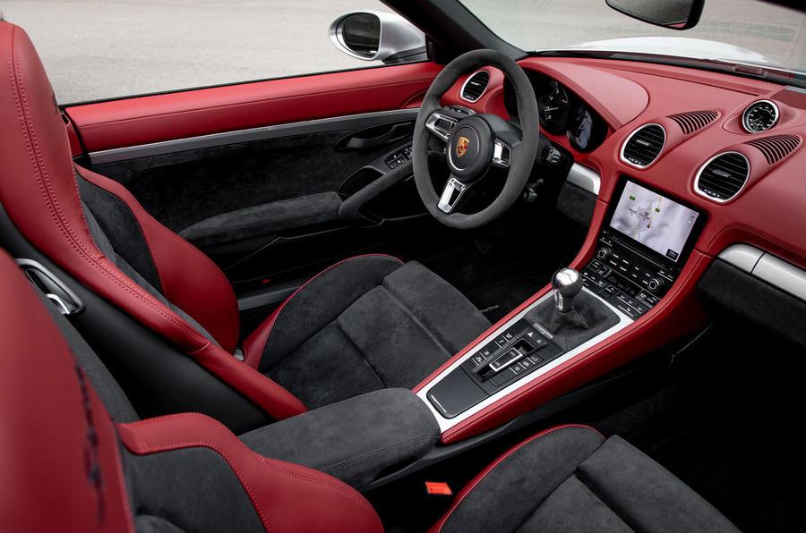 Porsche 718 Boxster Spyder 2019 first drive review - cabin