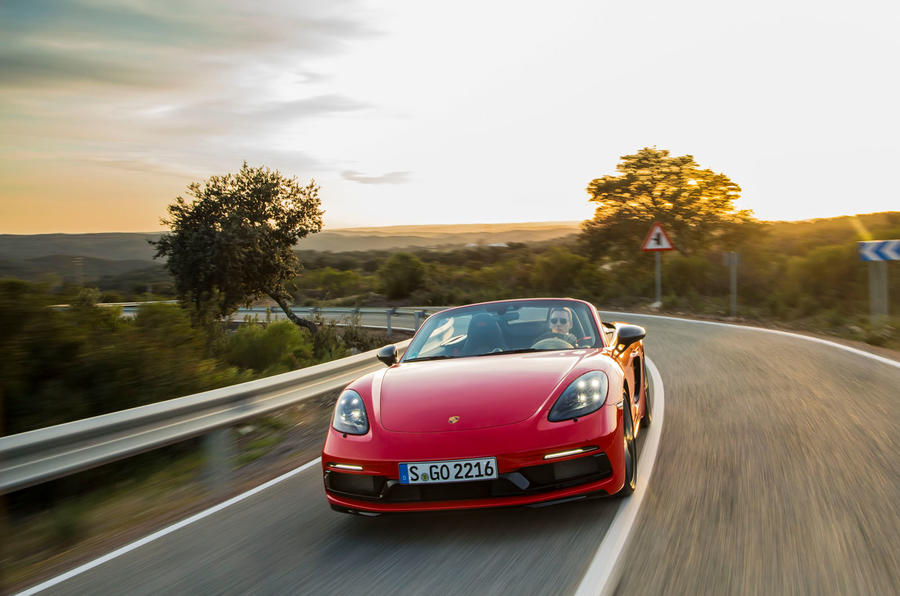 Porsche Boxster T 2019 first drive review - cornering front