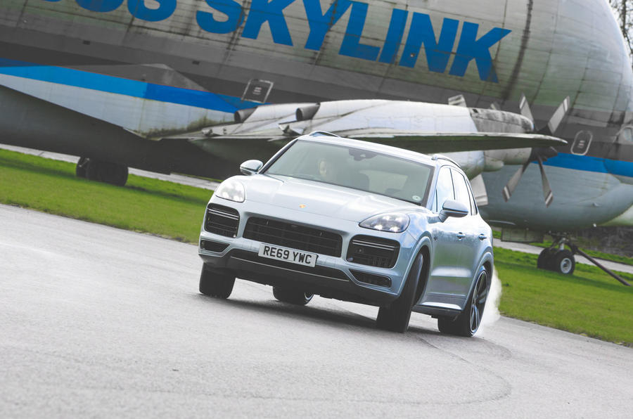Porsche Cayenne Turbo S E-Hybrid 2020 UK first drive review - hero front