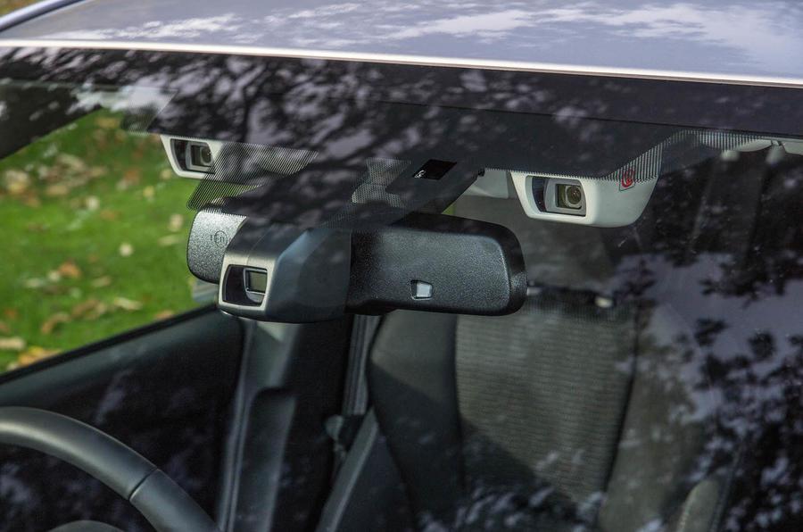 Subaru Impreza 2018 UK review parking cameras