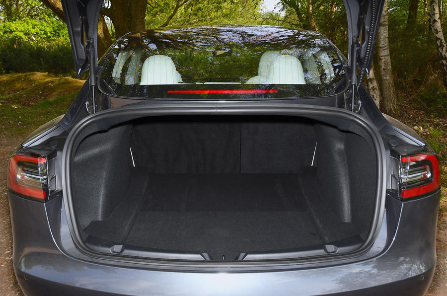Tesla Model 3 Performance 2019 UK first drive review - rear boot