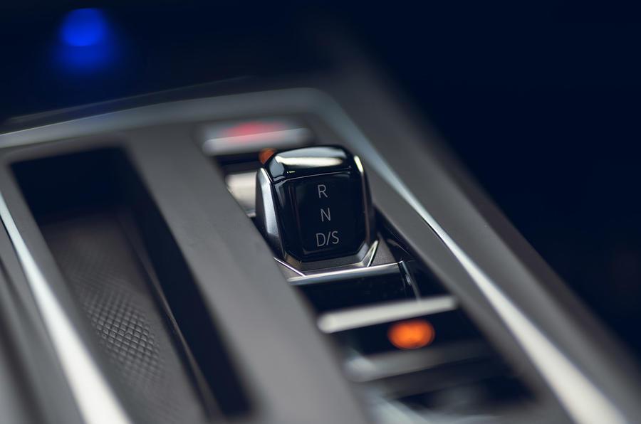 13 Volkswagen Golf GTD 2021 : premier sélecteur de vitesse de l'examen de conduite au Royaume-Uni
