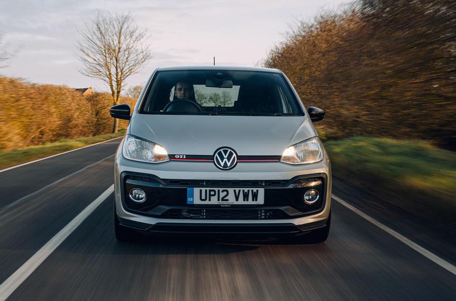 Volkswagen Up GTI 2020 : premier examen de conduite au Royaume-Uni - sur le point de démarrer