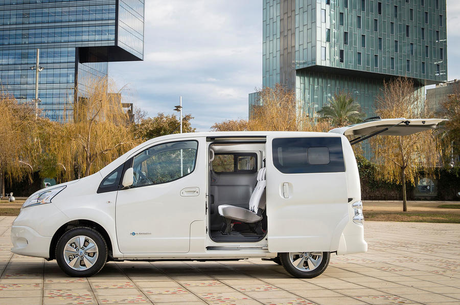 Nissan e-NV200 sliding doors open