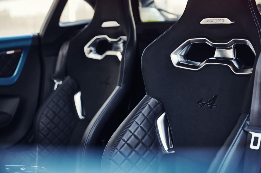 Alpine A110 2018 UK seats