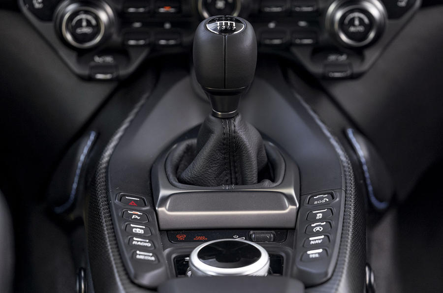 Aston Martin Vantage manual 2019 first drive review - centre console