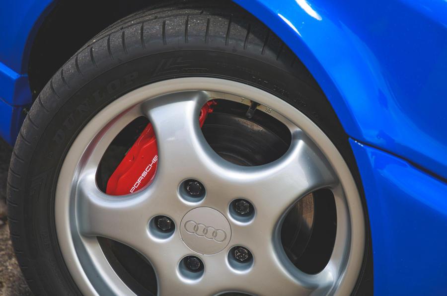 Audi RS2 - wheel