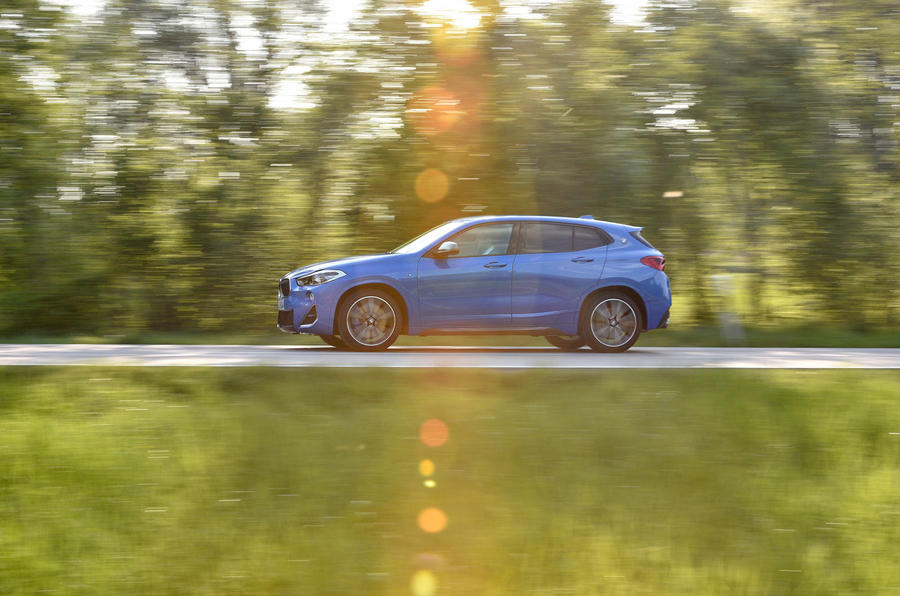 BMW X2 M35i 2019 first drive review - on the road side