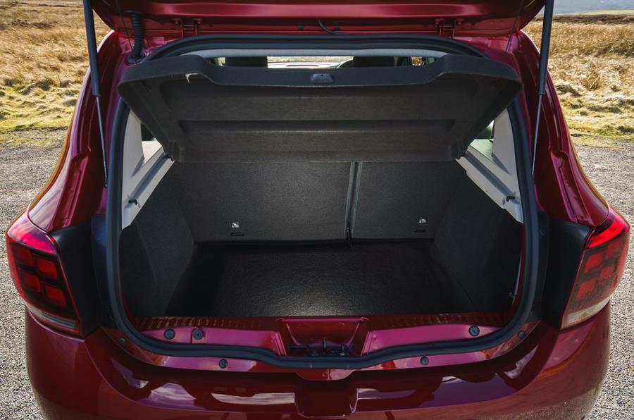 Dacia Sandero Stepway Techroad 2019 Uk Review Autocar