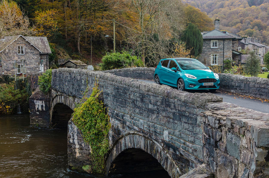 Ford Fiesta EcoBoost mHEV 2020 UK first drive review - bridge