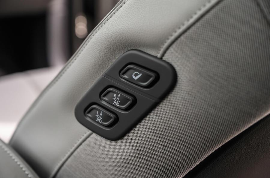 14 Hyundai Ioniq 5 2021 FD Norvège plaques commandes de siège