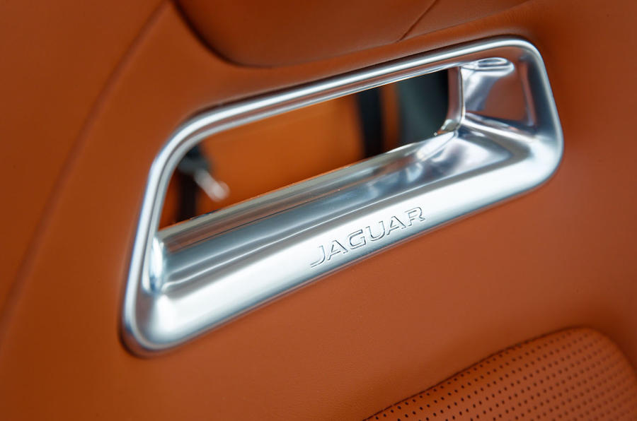 Jaguar I-Pace 2018 review seat detail