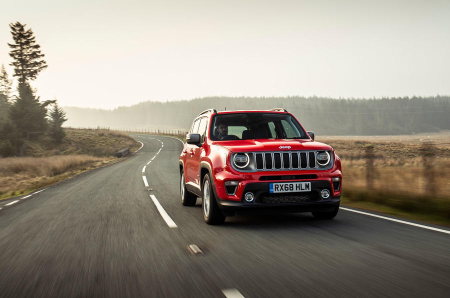 Jeep renegade Longitude 2019 UK first drive review - on the road front