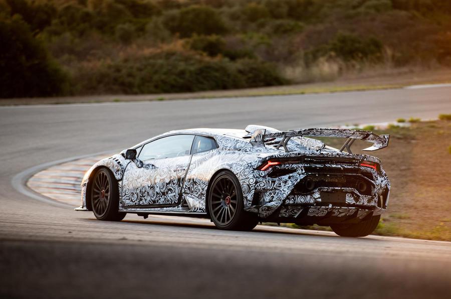 Lamborghini Huracan STO 2020 : premier bilan de la conduite - les virages à l'arrière