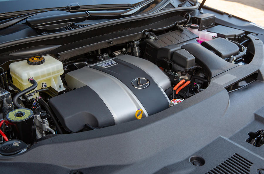 14 Lexus RX 450h L 2021 UE FD moteur