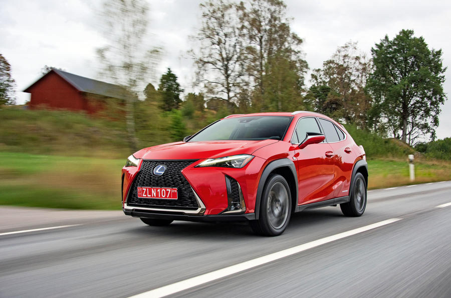 Lexus UX 250h F Sport 2018 first drive review on the road house