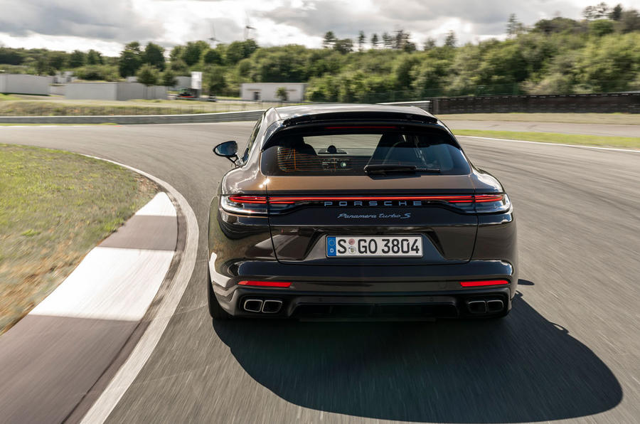 Porsche Panamera Turbo S Sport Turismo 2020 first drive review - cornering rear