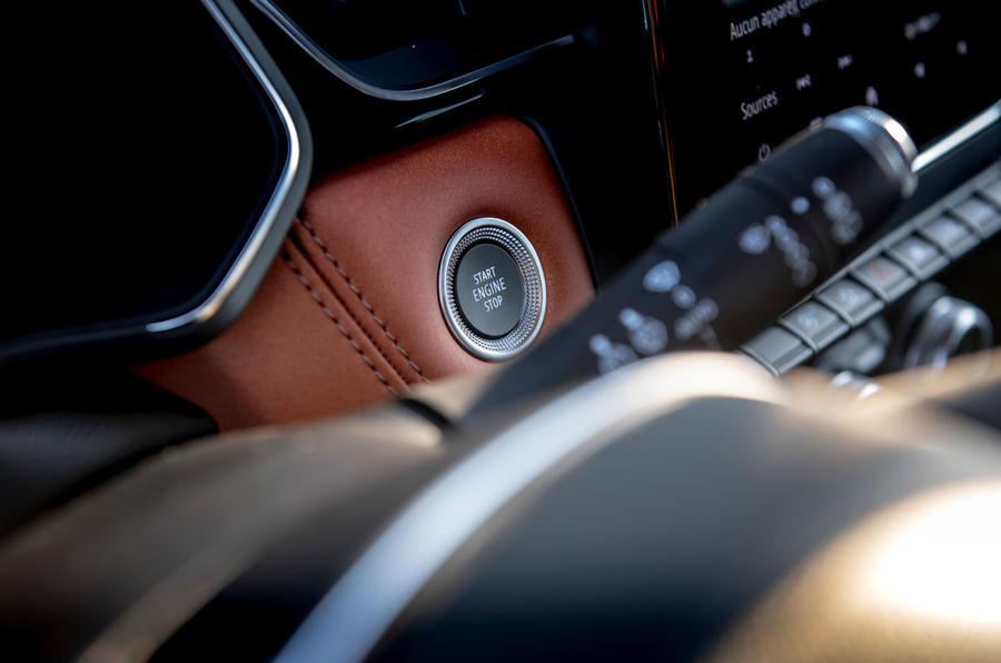 Renault Captur 2019 first drive review - start button
