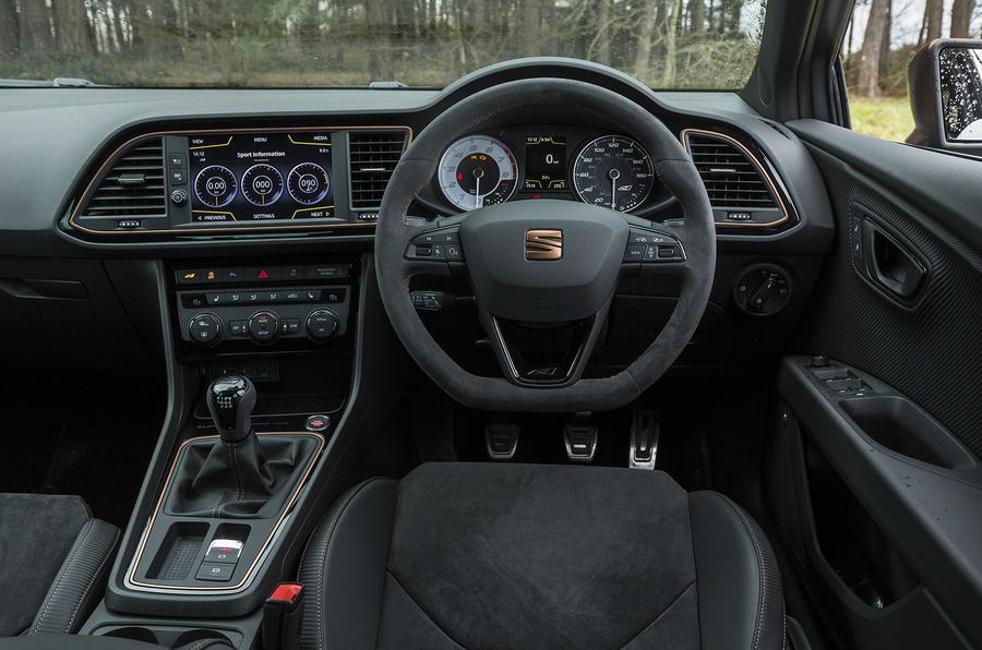 Seat Leon Cupra R 2018 UK review cabin