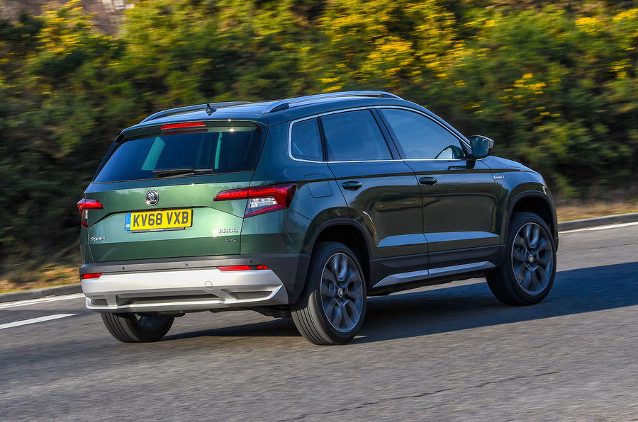Skoda Karoq Scout 2019 first drive review - cornering rear