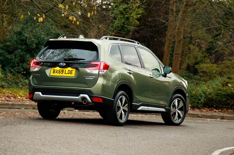 Subaru Forester eBoxer 2019 UK first drive review - cornering rear
